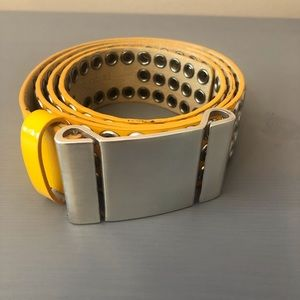 Vintage yellow belt silver hardware